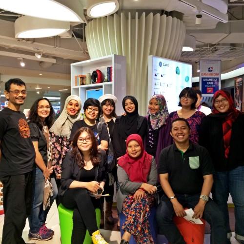 Bersama teman-teman Blogger di suatu sore ^_^