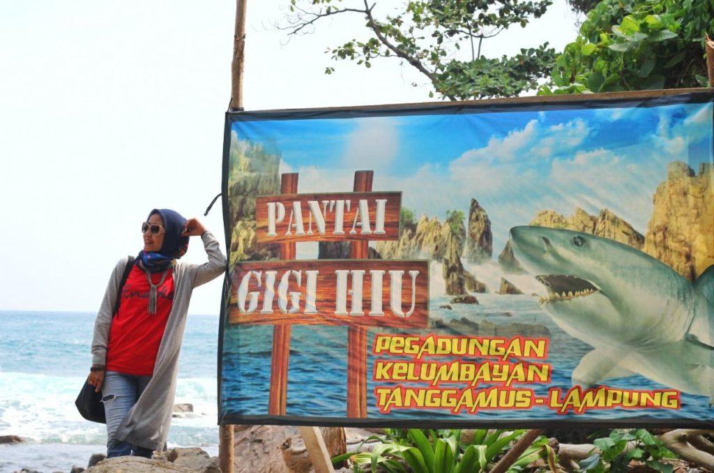 Gigi Hiu Lampung - Pantai Yang Menguji Mental
