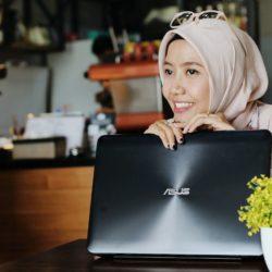 Mencari Teman Berbagi | Lifestyle Blogger with ASUS X555Q AMD Series
