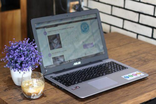 Memaksimalkan Peran di Era Digital dengan Laptop ASUS Vivobook TP410